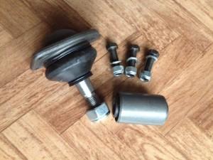 Kit revisione braccio oscillante inferiore Renault R4 composto da snodo e silentblock